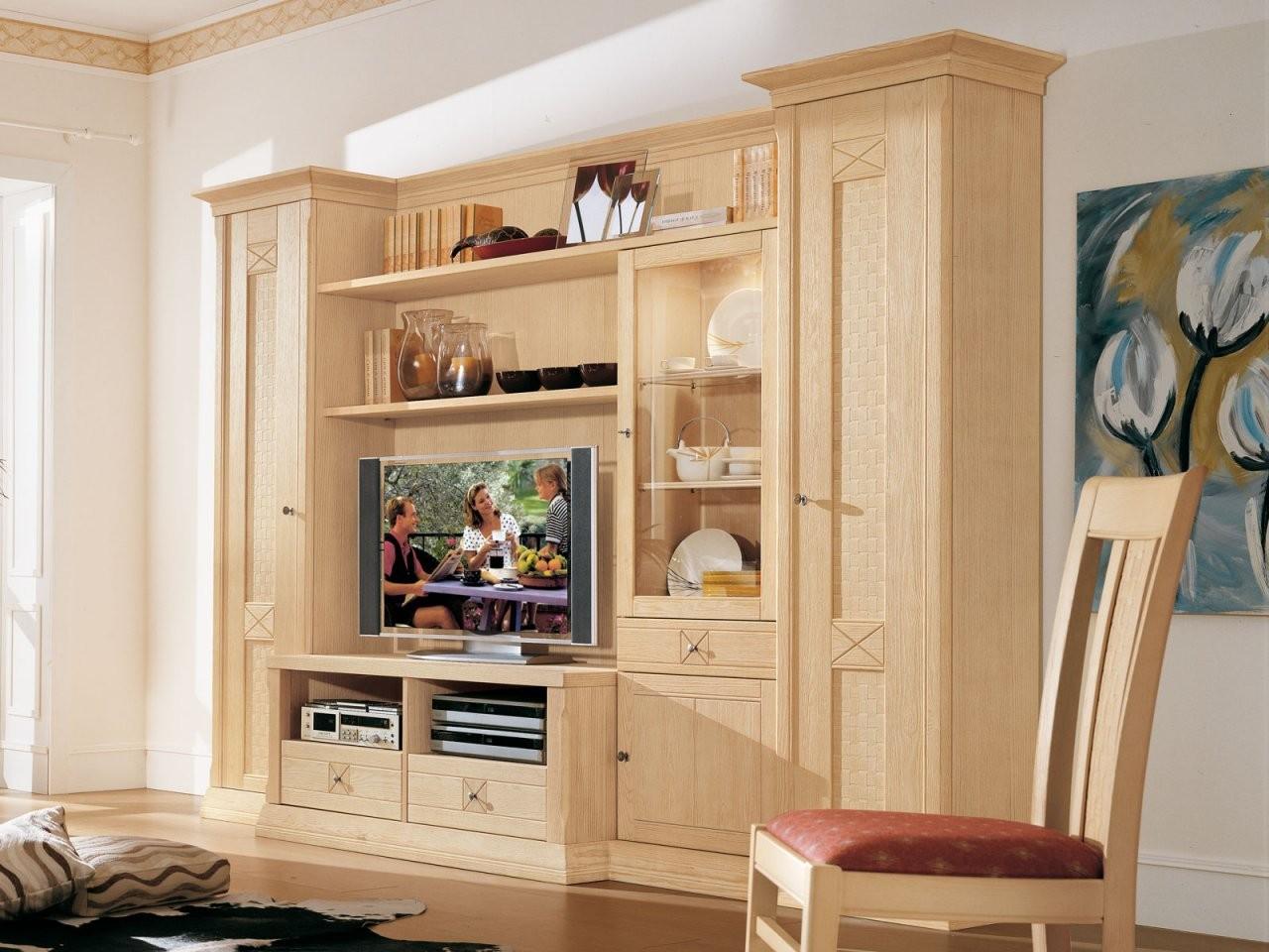 Vienna Pinienmöbel  Massivholzmöbel Für Wohnen Und Speisen von Pinienmöbel Gekälkt Und Gebürstet Photo