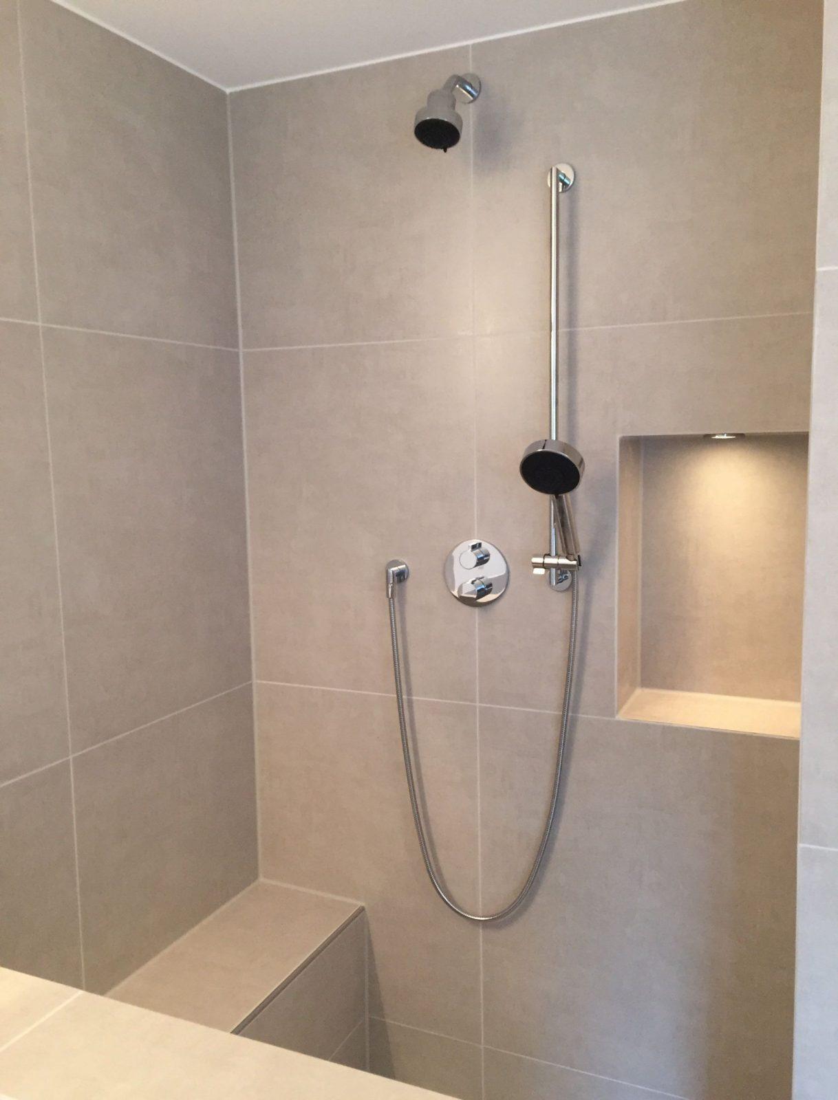 Walkindusche Mit Sitzbank Und Nische …  Bath In 2019… von Begehbare Dusche Mit Sitzbank Photo