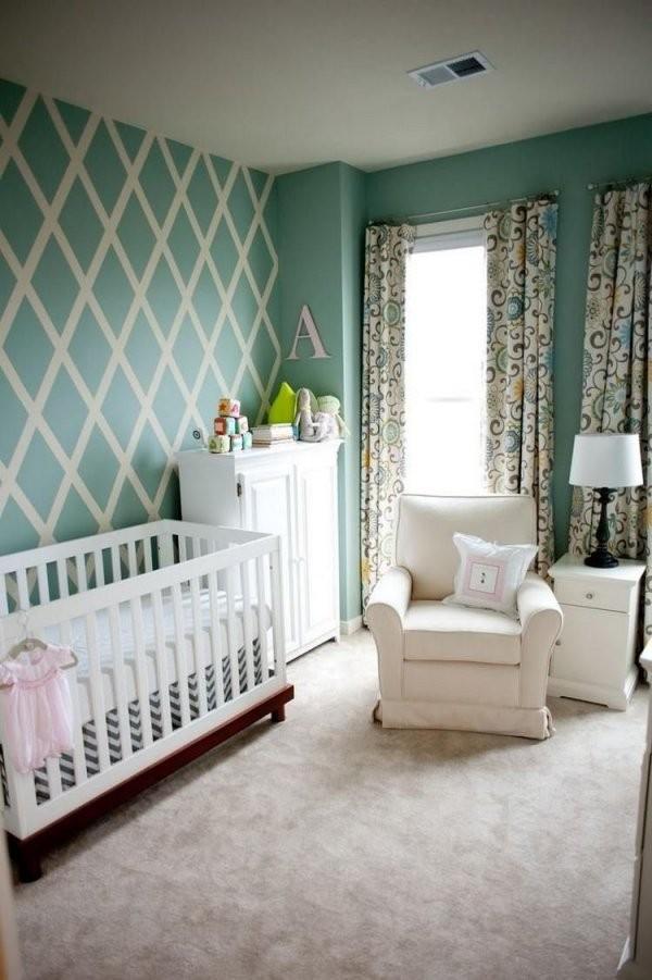 Wandgestaltung Im Babyzimmer In Pastellgrün Und Weiß  Hallo 7 von Babyzimmer Streichen Ideen Bilder Bild