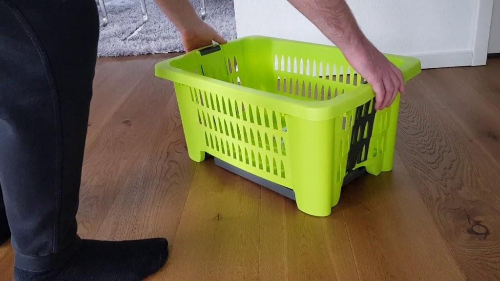 Wäschekorb Mit Ausklappbaren Beinen  Erklärung Der Funktionsweise von Wäschekorb Mit Ausklappbaren Beinen Photo