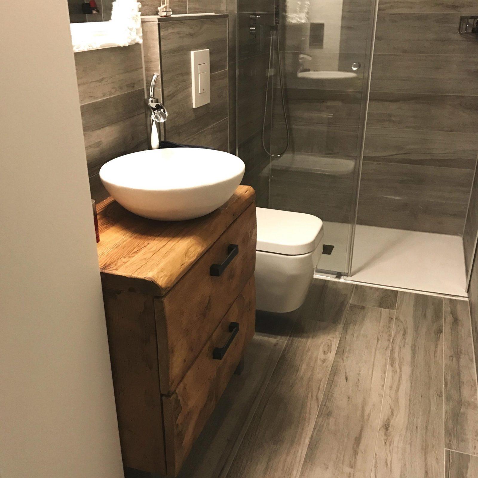 Waschtisch Aus Holz • Bilder  Ideen • Couch von Waschtisch Holz Mit Aufsatzwaschbecken Photo