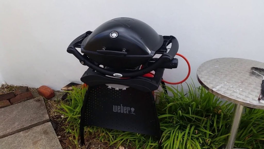 Weber Q2200 Review  Youtube von Weber Gasgrill Q 2200 Station Photo
