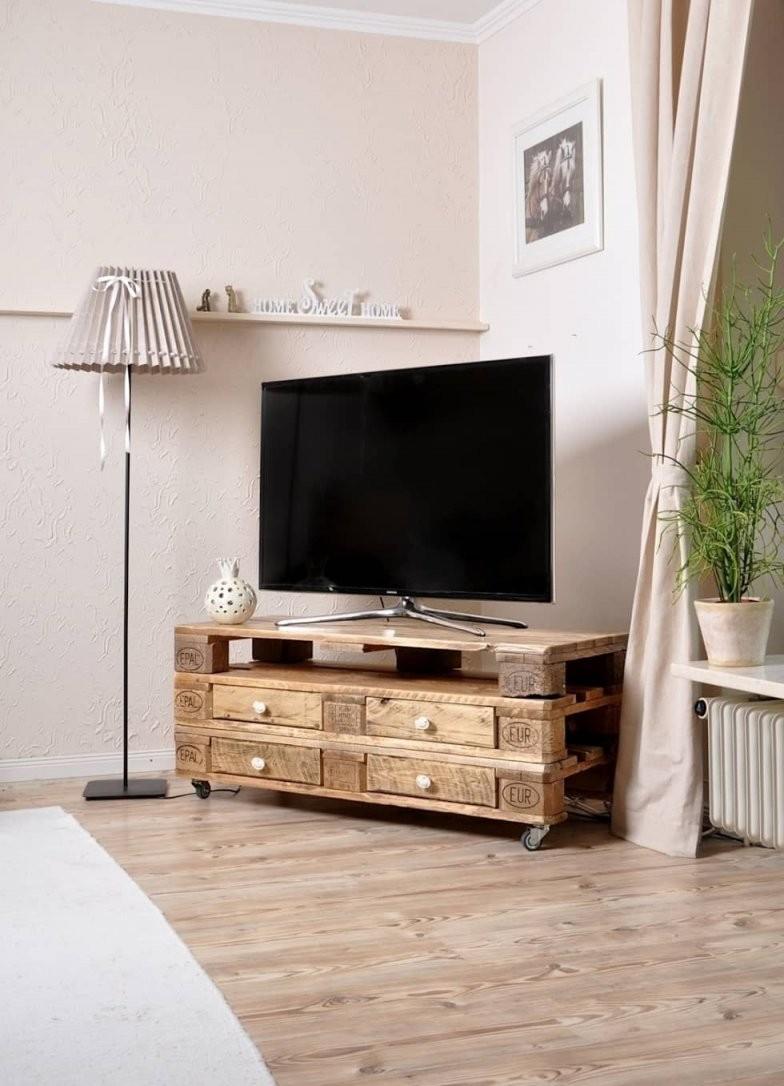 Woonkamer Door Malien Beimgraben  Projects  Furniture Pallet von Tv Bank Aus Paletten Bild