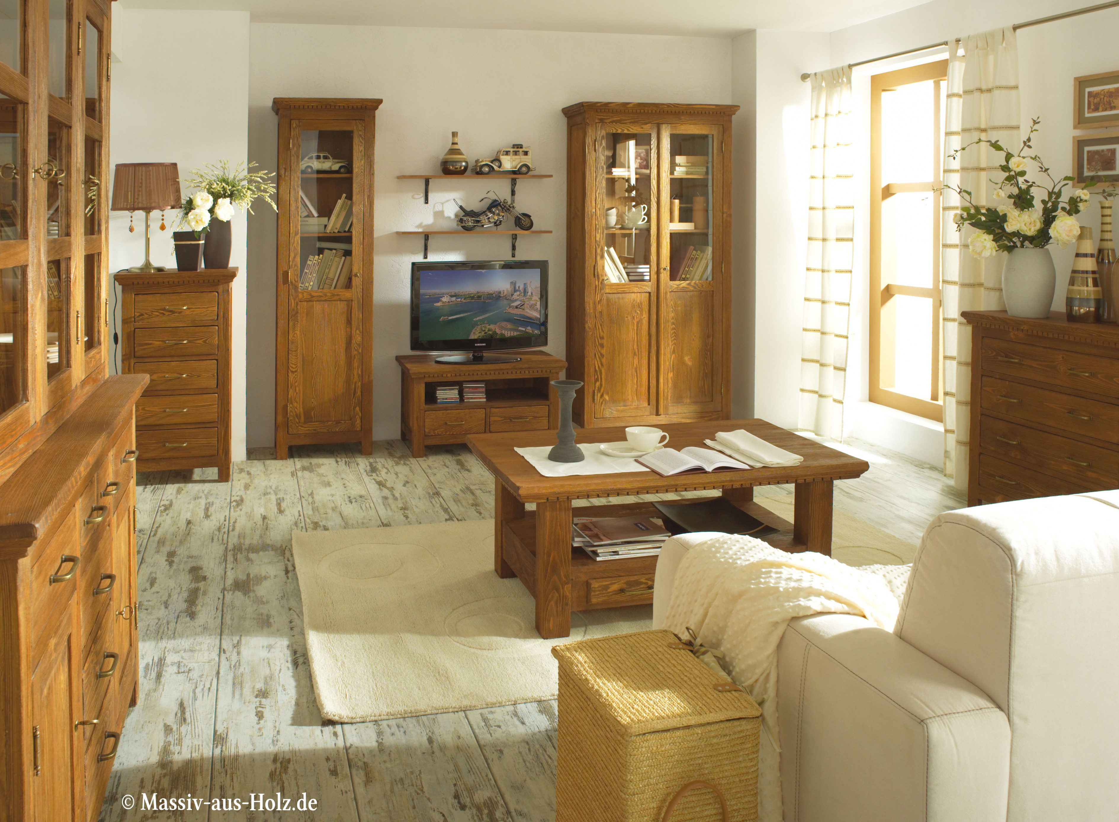 100% Massivholzmöbel Aus Kiefer  Massiv Aus Holz  Landhaus von Wohnzimmer Ideen Holzmöbel Bild