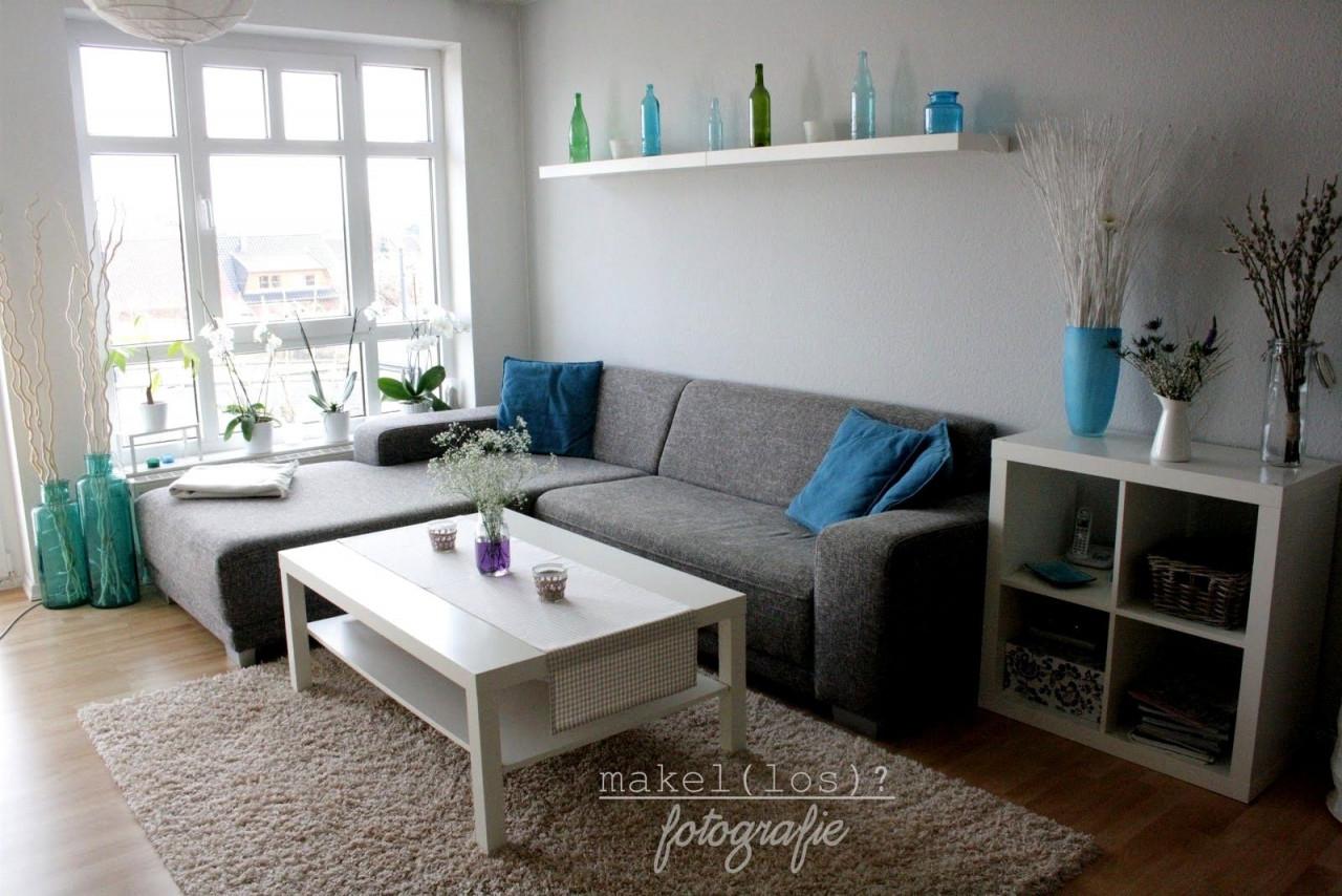8 Realistisch Fotos Von Wohnzimmer Grau Weiß Design In 2020 von Wohnzimmer Gestalten Grau Weiss Bild