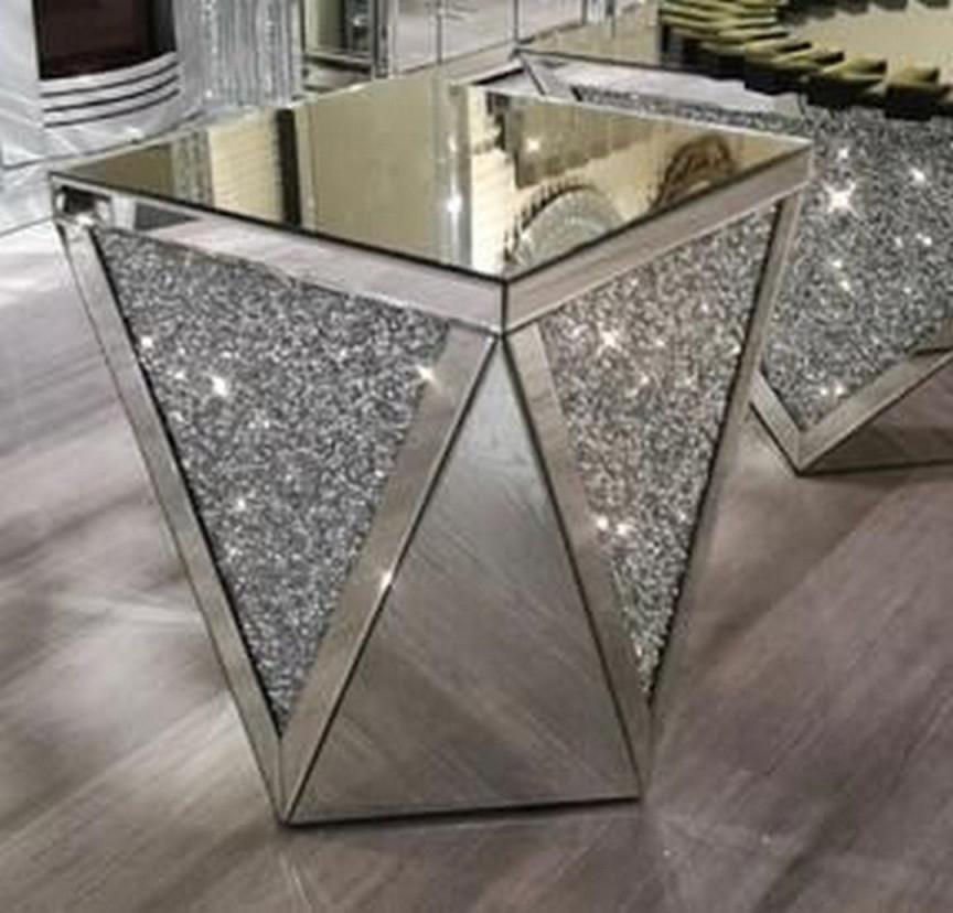 81 Farmhouse Side Table Dresser In 2020  Beistelltische Dekor von Glitzer Deko Wohnzimmer Bild