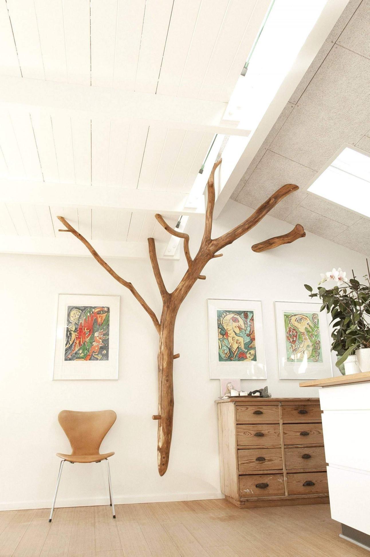 Baum Im Wohnzimmer Inspirierend Luxury Baumstamm Als Deko Im von Baumstamm Deko Wohnzimmer Photo