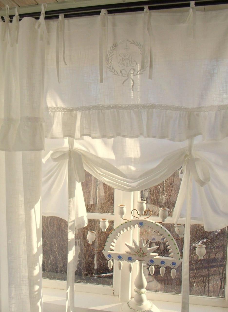 Bezaubernde Landhausgardinen Gardinen Weiß Im Shabby Chic von Romantische Gardinen Wohnzimmer Bild