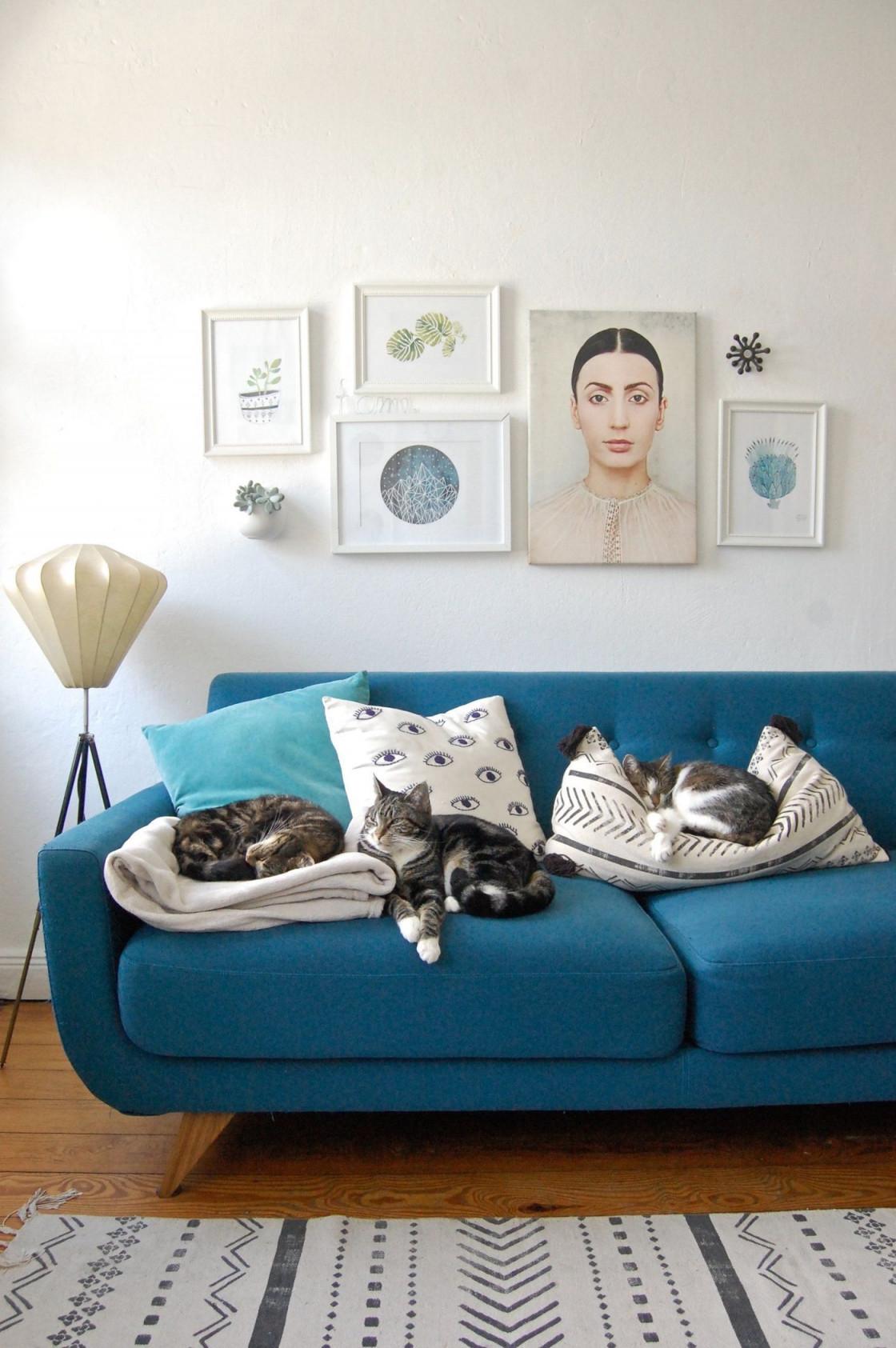 Bilderrahmen Anordnen 5 Einfache Aber Wirkungsvolle Ideen von Bilderrahmen Wohnzimmer Ideen Bild