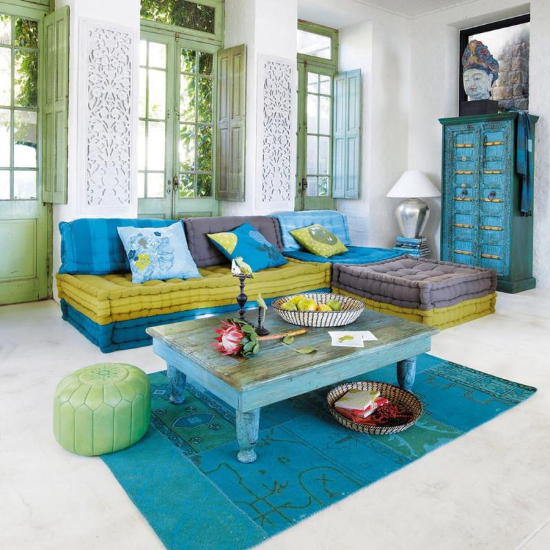 Blaue Gelbe Und Grüne Möbel Angestrichen Oder Dekoriert von Bilder Wohnzimmer Orientalisch Photo