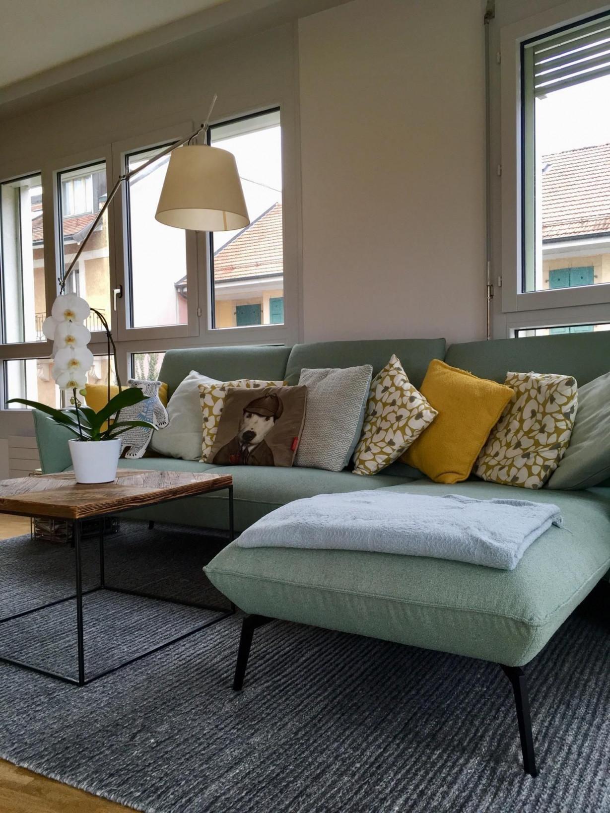 Couch Senfgelb Mint  Wohnzimmer Gestalten Wohnzimmer von Wohnzimmer Deko Gelb Bild