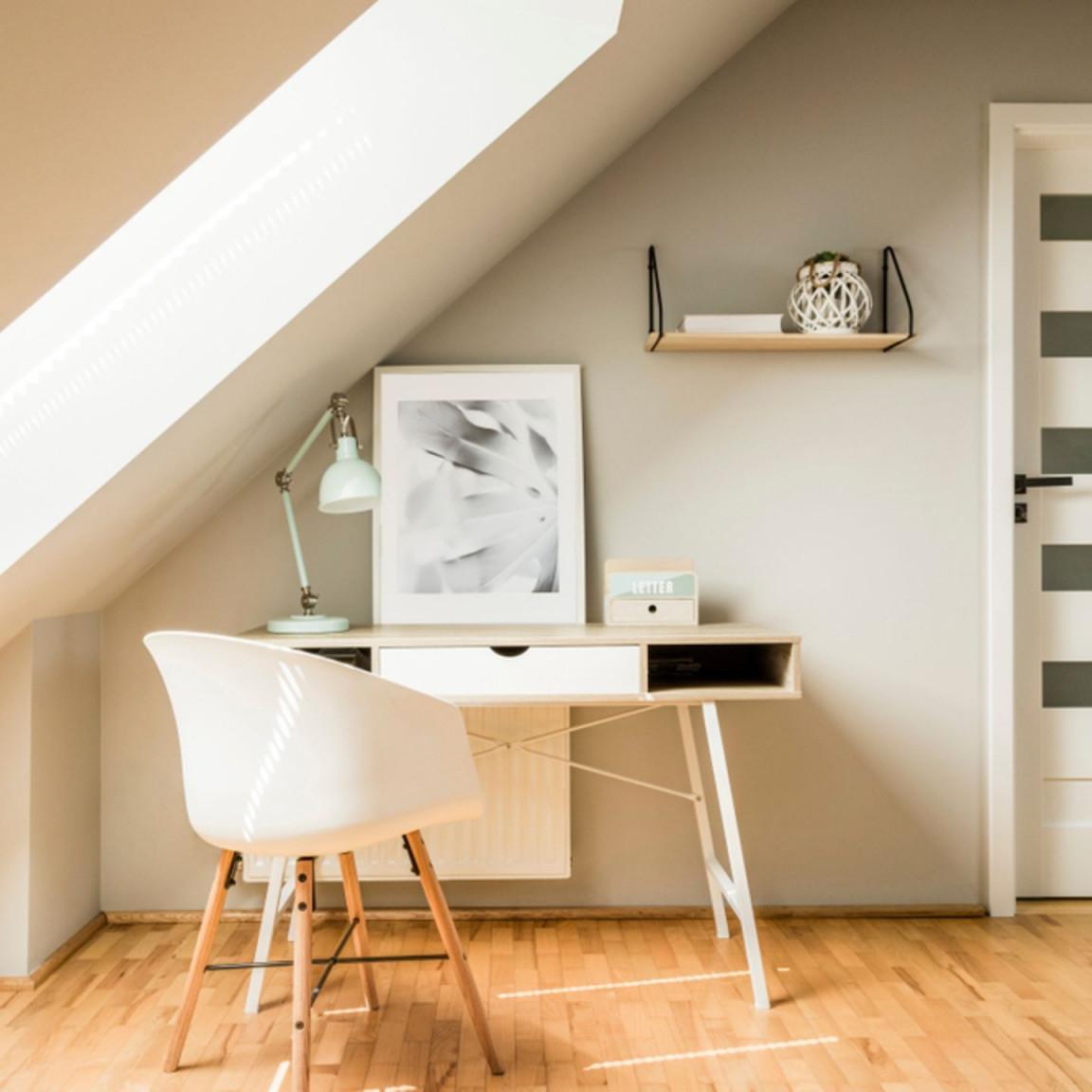 Dachschräge Einrichten  Die Schönsten Wohnideen  Brigitte von Wohnzimmer Mit Dachschräge Einrichten Bild
