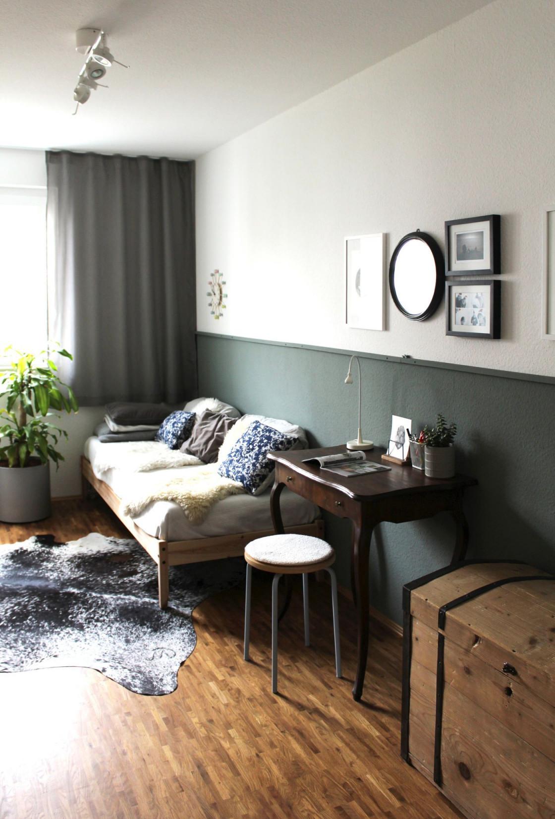 Das Kuhfell Als Dekoidee Und Teppich von Wohnzimmer Mit Kuhfell Teppich Bild