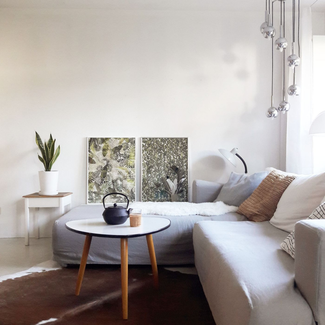 Das Kuhfell Als Dekoidee Und Teppich von Wohnzimmer Mit Kuhfell Teppich Photo