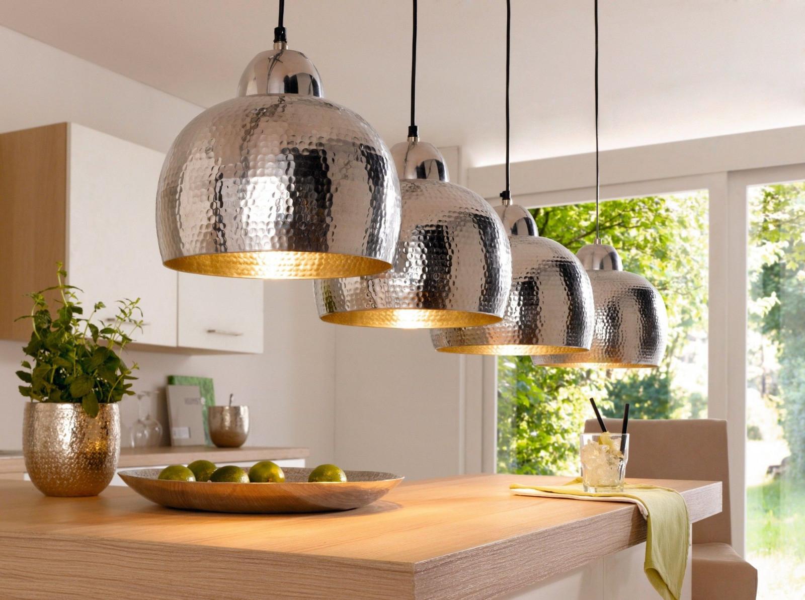 Deckenleuchte Im Hammerschlagdesign  Wohnzimmerlampe von Wohnzimmer Lampe Landhausstil Bild