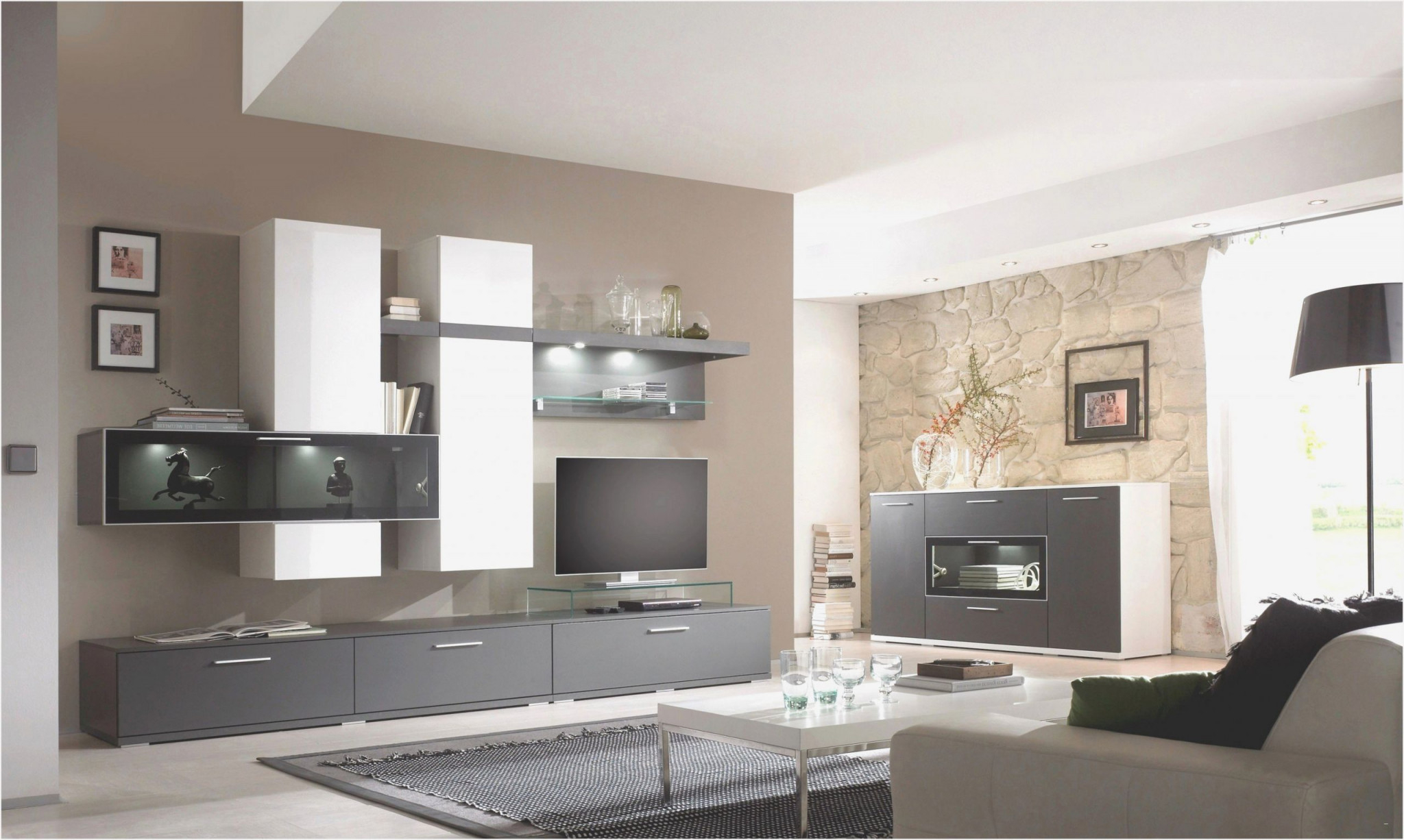 Deko Wohnzimmer Weiß Und Silber  Wohnzimmer  Traumhaus von Deko Wohnzimmer Silber Bild