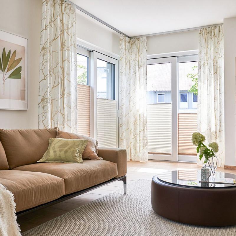 Dekovorhang Und Plissee Für Ihr Wohnzimmer  Deko Vorhänge von Streifen Gardinen Wohnzimmer Photo