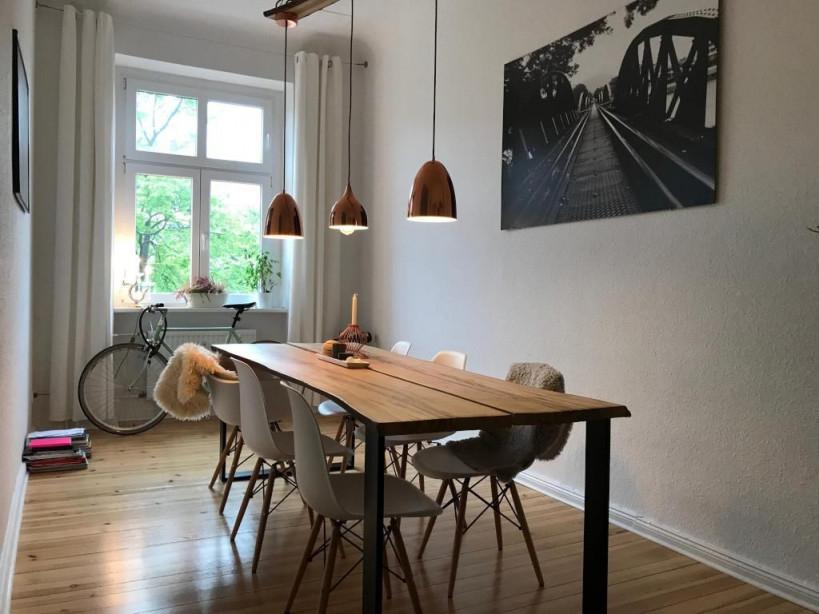 Einrichtungsbeispiel Für Schönes Altbauesszimmer Esstisch von Moderne Wohnzimmer Mit Essplatz Bild