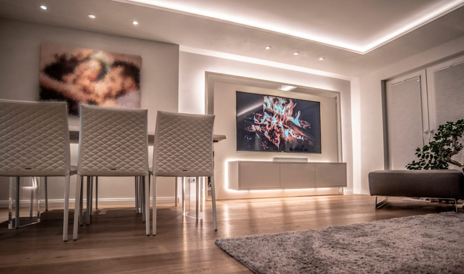 Exklusive Lichtplanung Einer Designer Wohnung Moderne von Exklusive Bilder Wohnzimmer Photo