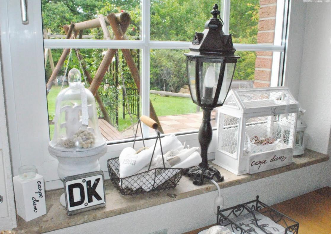 Fensterbank Dekorieren  Freshouse von Wohnzimmer Fensterbank Deko Bild