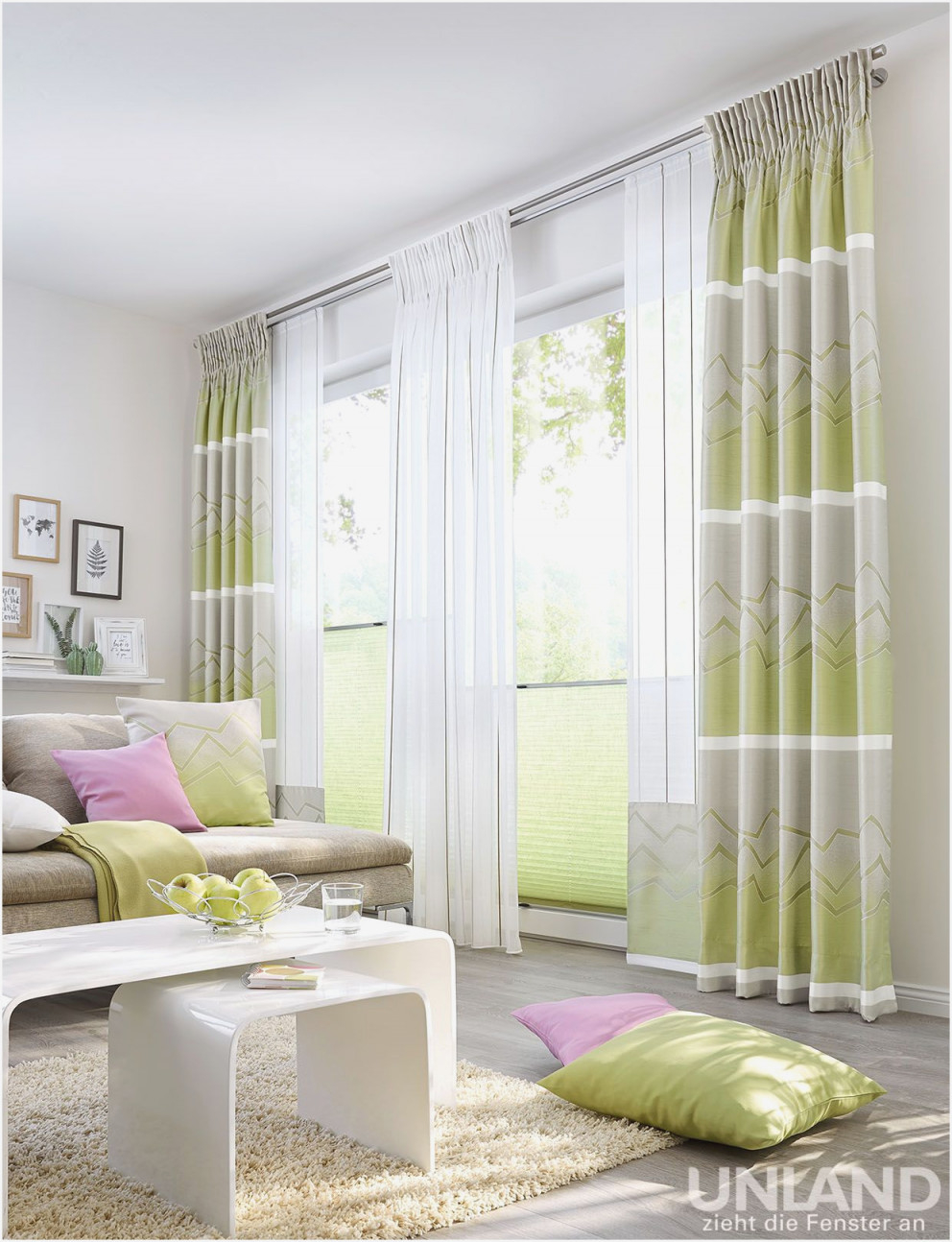 Gardinen Wohnzimmer In Roller  Wohnzimmer  Traumhaus von Gardinen Wohnzimmer Roller Bild