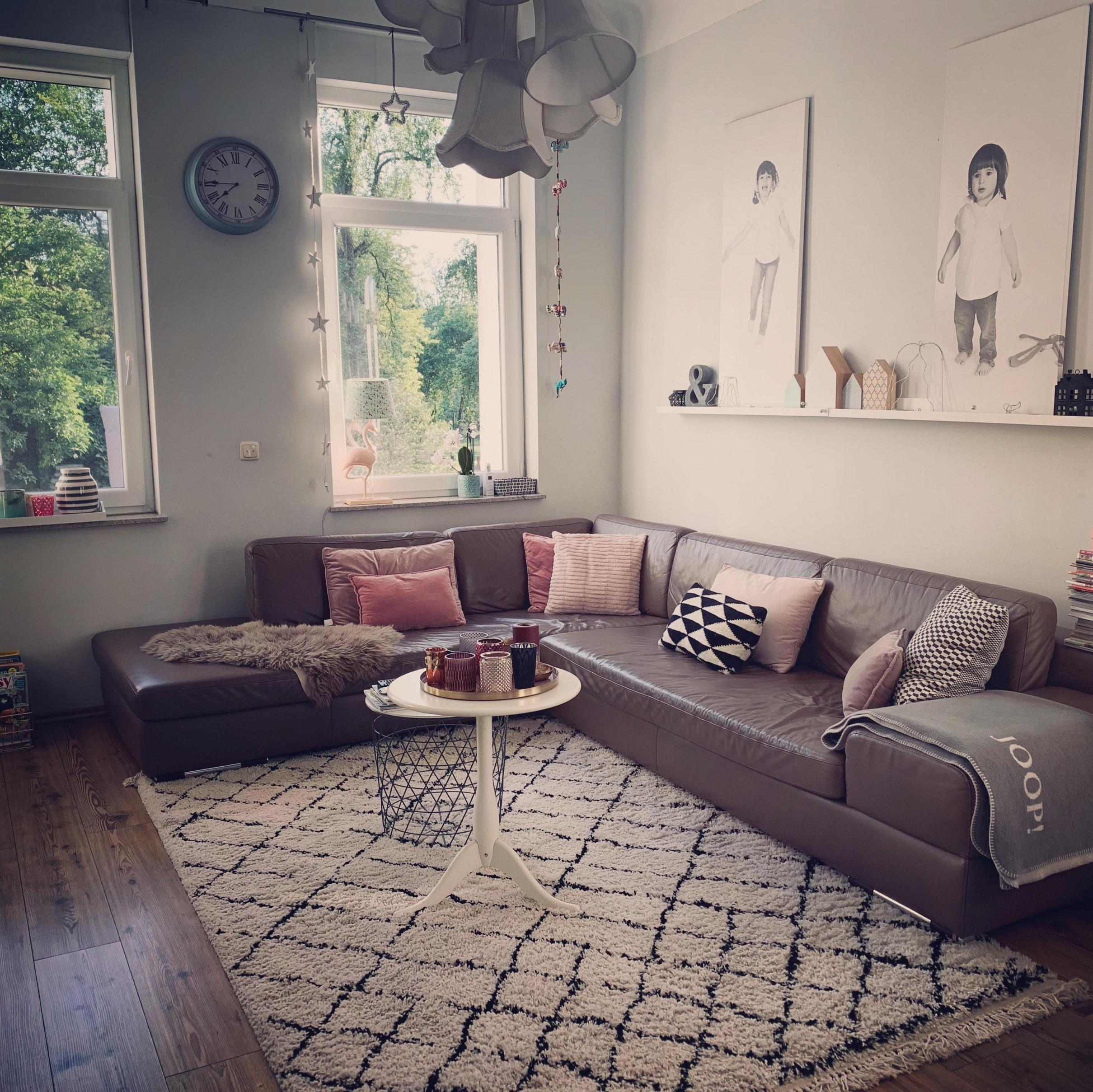 Gemütliches Wohnzimmer So Schaffst Du Eine Kuscheloase von Bilder Von Wohnzimmer Bild