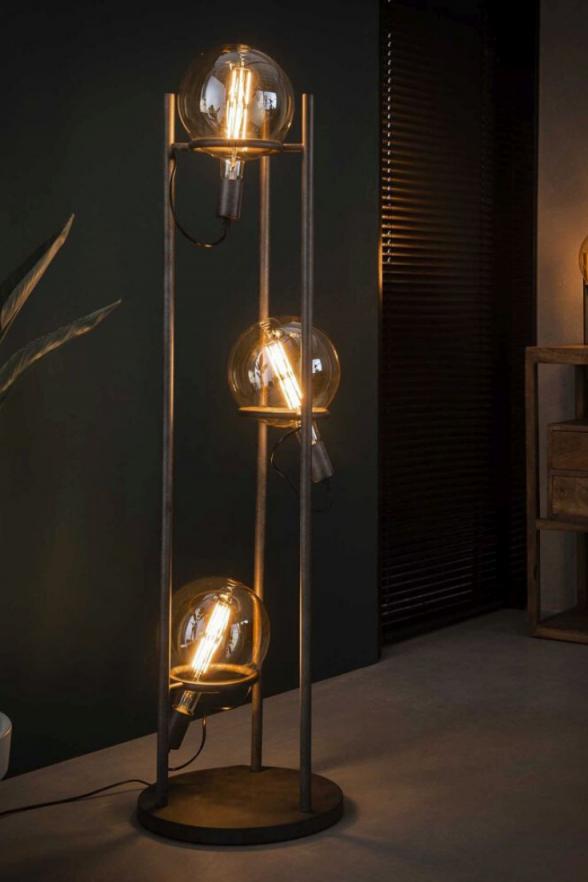 Glühbirnen Stehlampe Lampe Mit Mehreren Glühbirnen In 2020 von Coole Wohnzimmer Lampe Photo