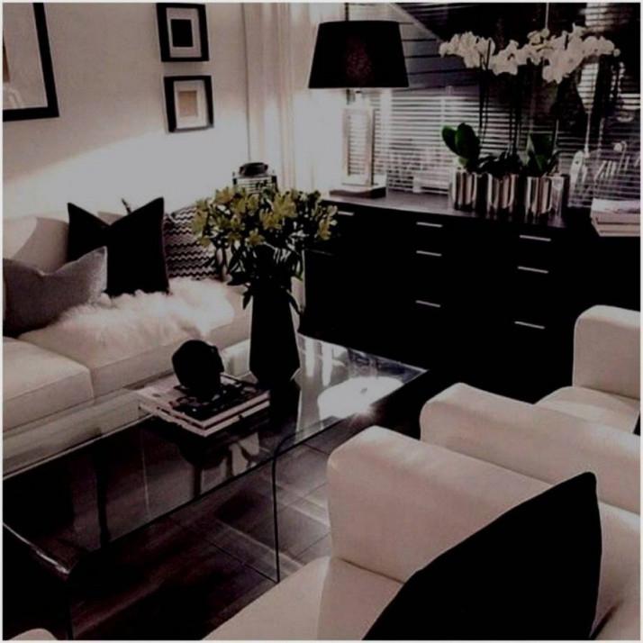 Graues Wohnzimmer Deko In 2020  Wohnzimmer Grau Weiß von Wohnzimmer Ideen Grau Weiß Schwarz Bild