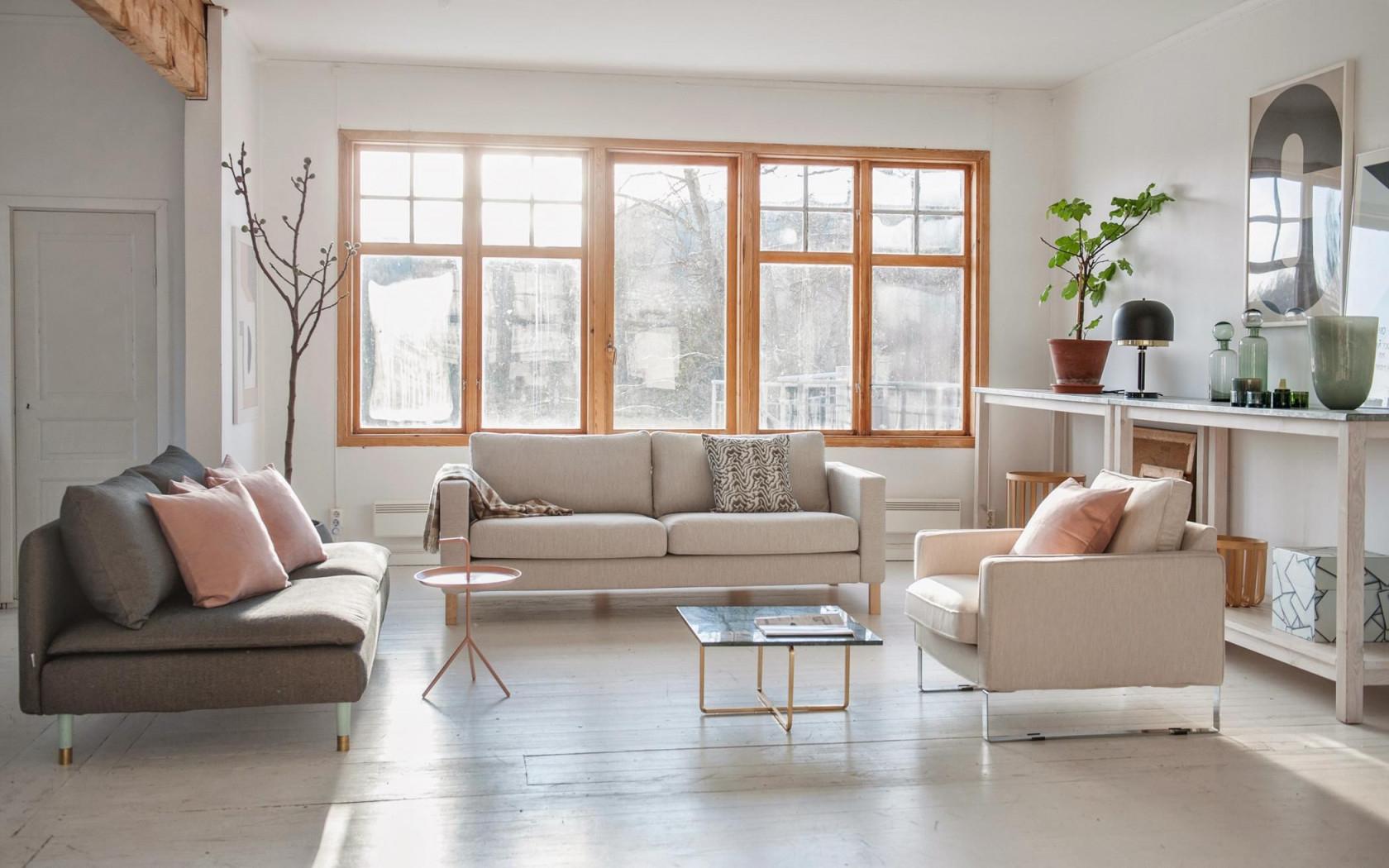 Großes Wohnzimmer Einrichten Fensterfront Sideboar von Wohnzimmer Mit Fensterfront Einrichten Bild
