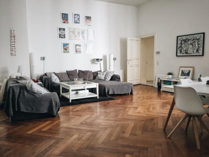 Großes Wohnzimmer Im Altbauflair Einrichtung Inspiration von Großes Wohnzimmer Modern Einrichten Bild