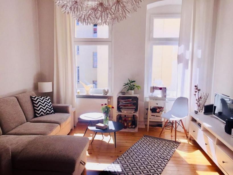 Helles Wohnzimmer Mit Schönem Dielenboden Und Gemütlichem von Helles Wohnzimmer Ideen Photo