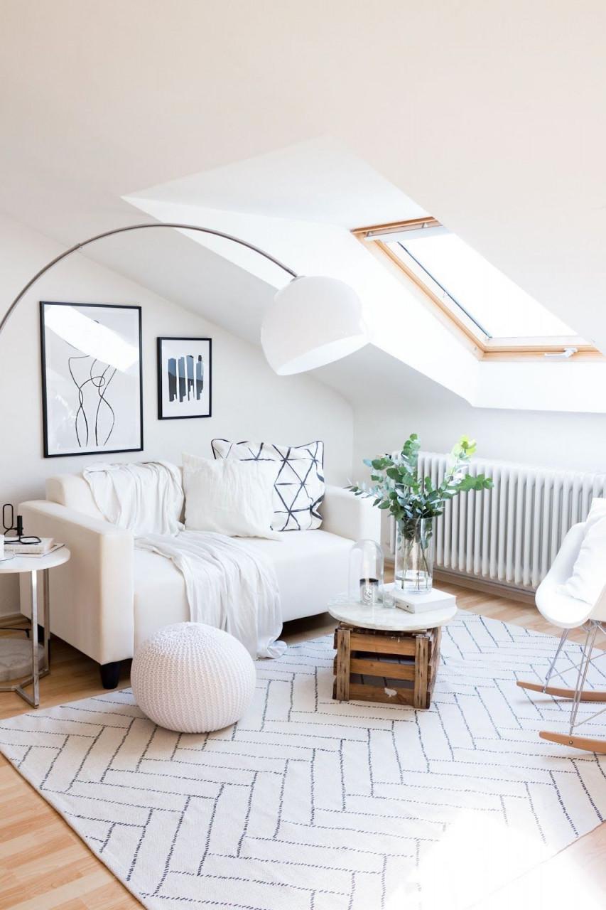 Interieur Fineart Teppich Aitta White Für Das Wohnzimmer von Kleiner Teppich Wohnzimmer Bild