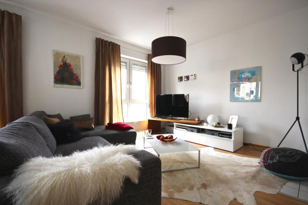 Kuhfell • Bilder  Ideen • Couch von Kuhfell Teppich Wohnzimmer Bild