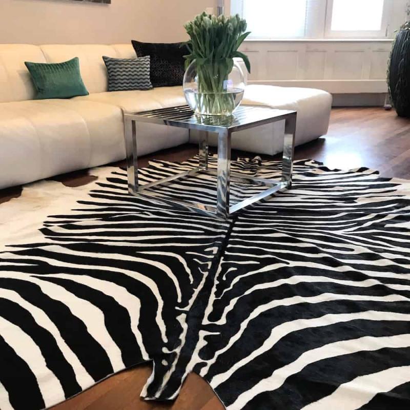 Kuhfell Teppich Zebra Naturel von Wohnzimmer Mit Kuhfell Teppich Bild