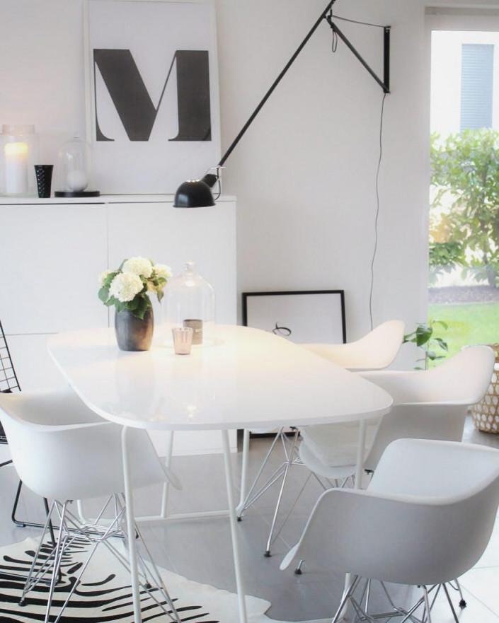 Kuhfellteppich Zebra  Wohnzimmer Modern Silber Wohnzimmer von Wohnzimmer Mit Kuhfell Teppich Bild