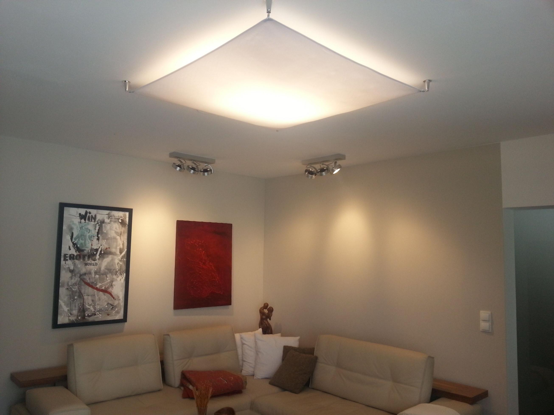 Lampensegel Für Indirekte Wohnzimmerbeleuchtung  Lampen von Lampe Wohnzimmer Decke Bild