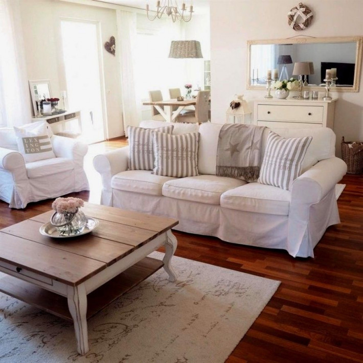 Landhaus Wohnzimmer Ideen  Chic Living Room Decor Living von Wohnzimmer Landhausstil Ideen Bild