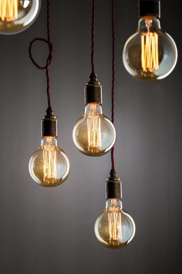 Leuchtmittel Globe Rustikal Retro Glühbirne Lampe von Retro Wohnzimmer Lampe Photo