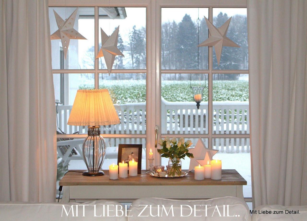 Mit Liebe Zum Detail So Ist Es Gemütlich  Deko von Fensterbank Deko Wohnzimmer Photo
