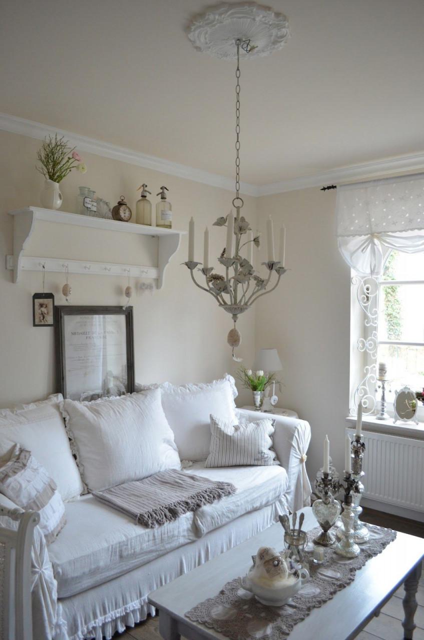 Mix Grey With Warmer Neutrals Create A Relaxing Living Room von Shabby Chic Deko Wohnzimmer Bild