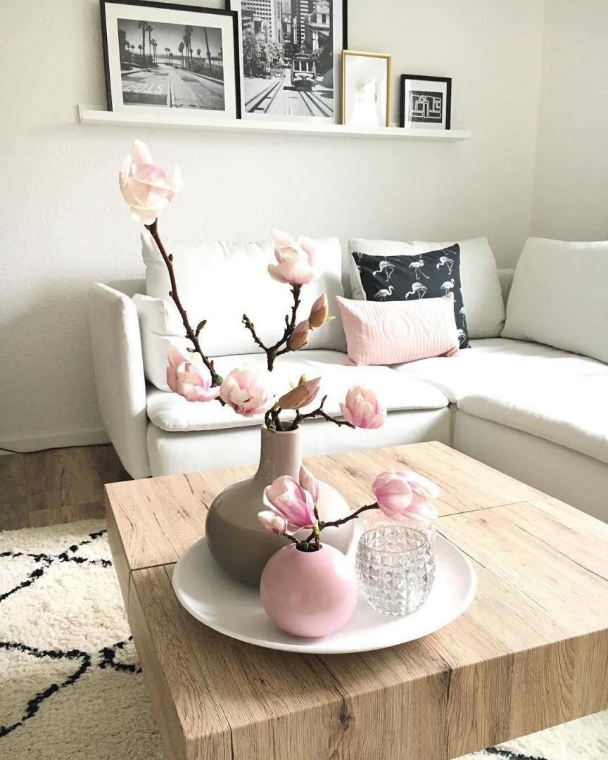 Pure Eleganz Die Vase Ball In Blassem Rosa Überzeugt Mit von Wohnzimmer Deko Rosa Bild