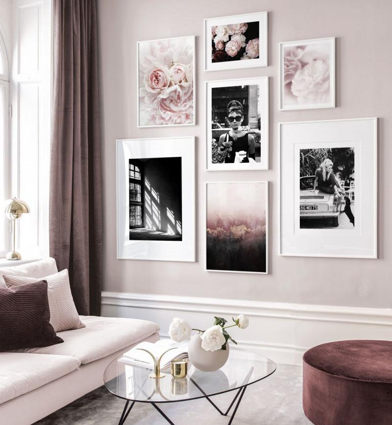 Rosafarbene Bildergalerie Mit Eleganten Motiven Und Weißen von Bilder Wohnzimmer Mit Rahmen Bild
