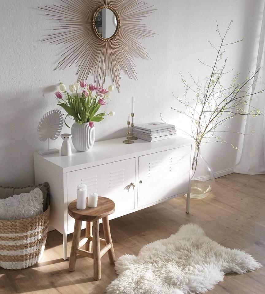 Schaffell Carry  Sonnenspiegel Dekor Wohnzimmer Spiegel von Deko Sideboard Wohnzimmer Bild