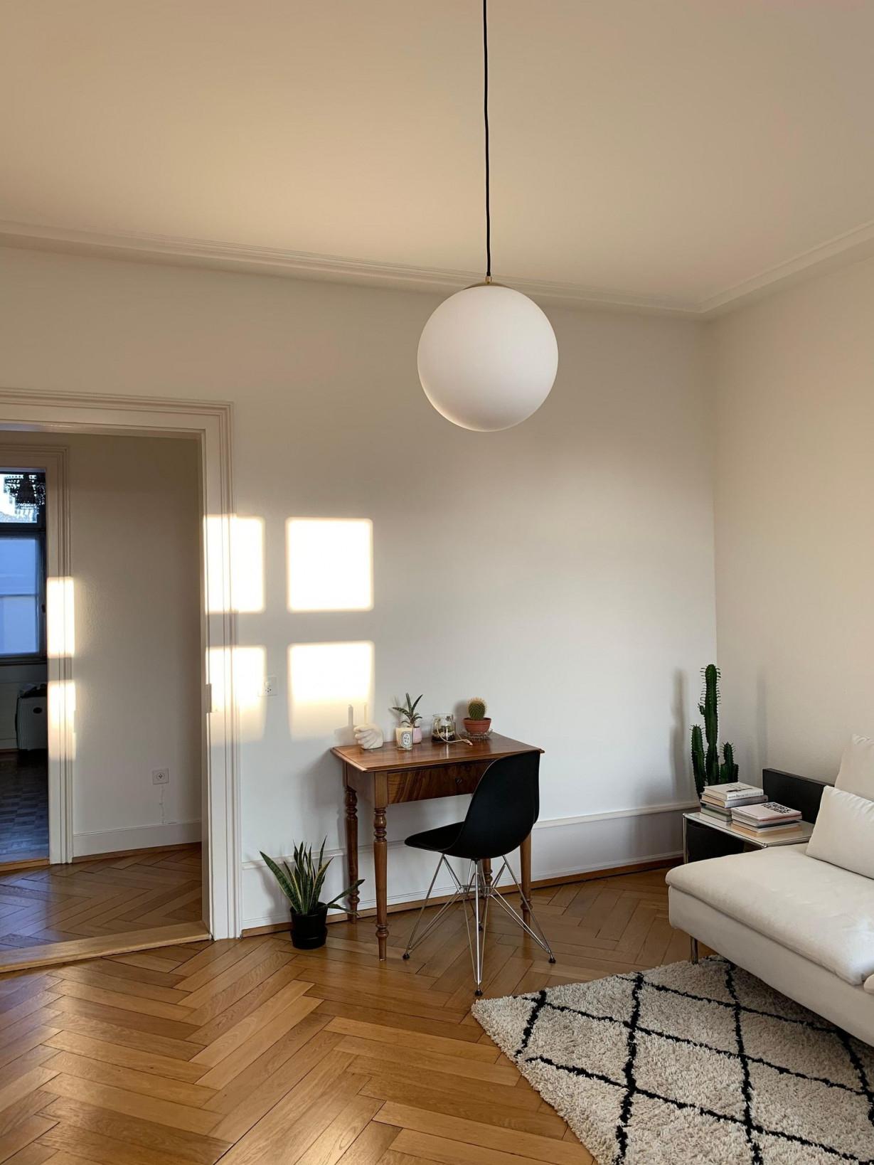 Sonnenschein Lieblingsraum Meinwohnzimmer ✨  Wohnzimmer von Wohnzimmer Ideen Minimalistisch Photo