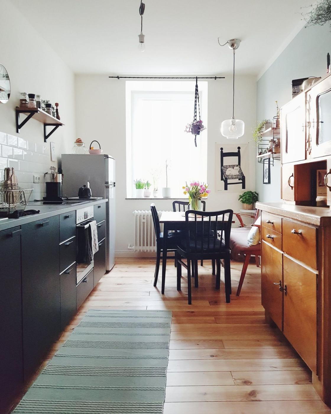 Stilmix  Der Große Wohntrend von Wohnzimmer Mit Alten Möbeln Gestalten Bild