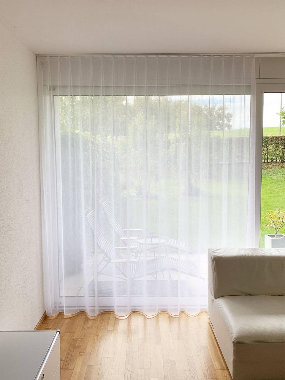 Tagesvorhang Gibraltar Mit Feinen Streifen [Weiss  Ecruweiss] von Streifen Gardinen Wohnzimmer Bild