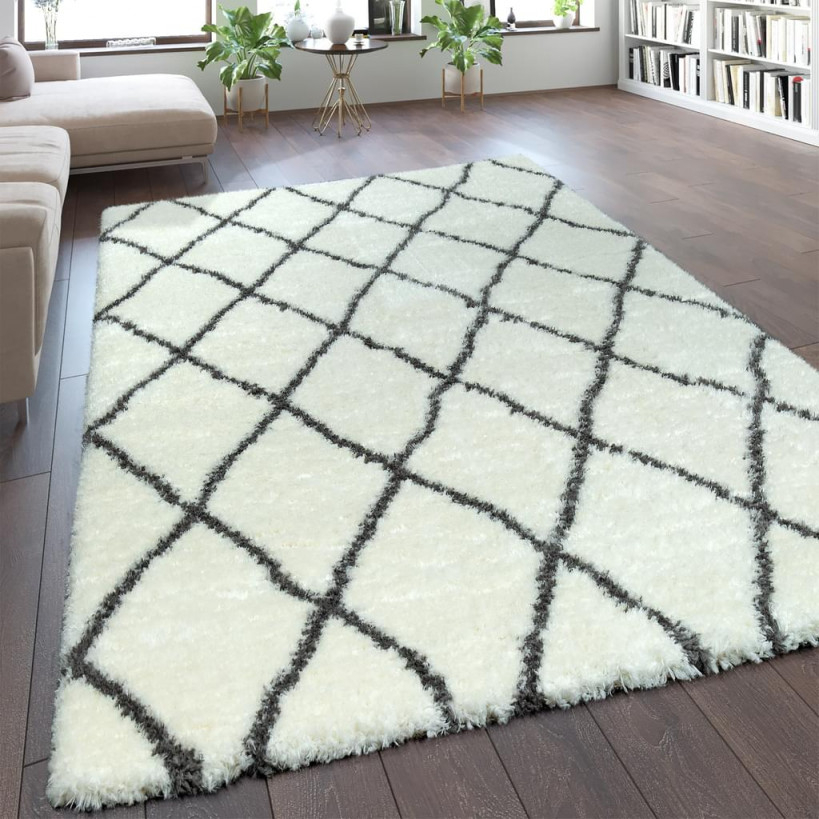 Teppich Wohnzimmer Creme Weiß Weich Groß Shaggy Flokati Rauten Muster  Hochflor von Teppich Groß Wohnzimmer Bild