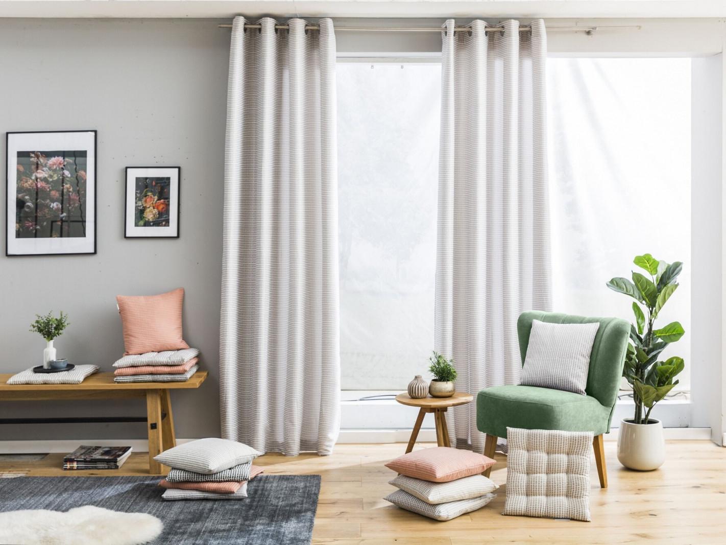 Tipps Rund Um Ihre Gardinen Und Vorhänge von Halbe Gardinen Wohnzimmer Bild