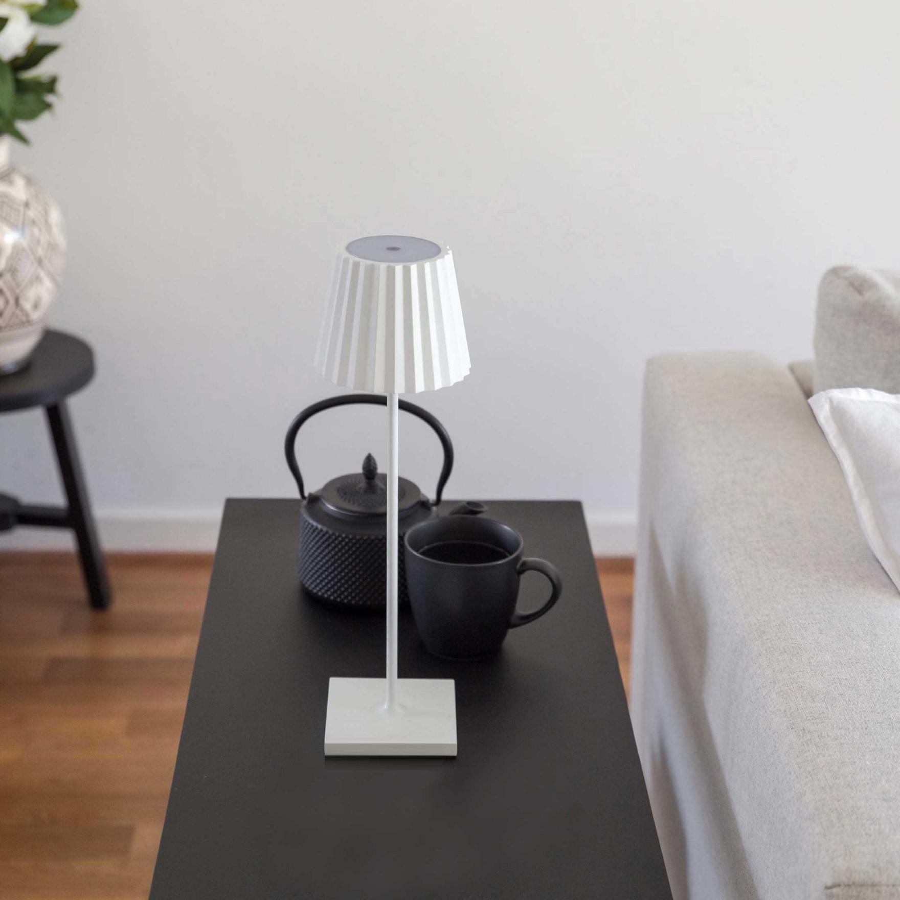 """Tischlampe Mit Akku """"white""""  Weisse Led Lampe  Sicherheit von Akku Lampe Wohnzimmer Bild"""