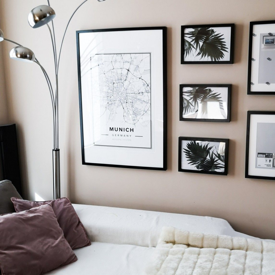 Unsere Bildergallerie Im Wohnzimmer Die Rahmen Sind Von von Bilderrahmen Wohnzimmer Ideen Bild